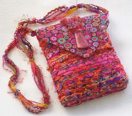Wine and Roses Purse. For inspiration. Could be adapted to pin loom weaving.