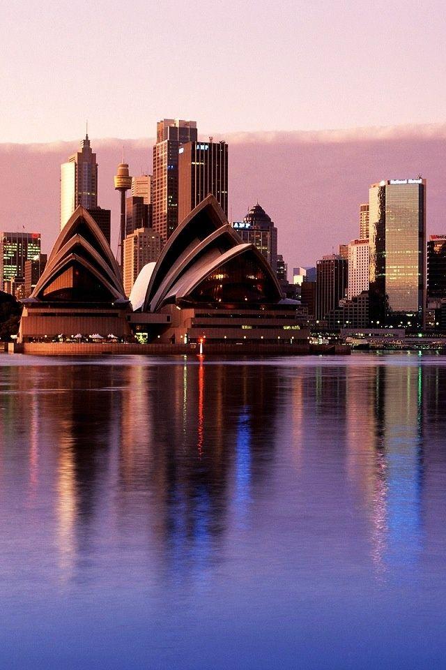 Sydney, stad met 4,8 miljoen inwoners in Australië.