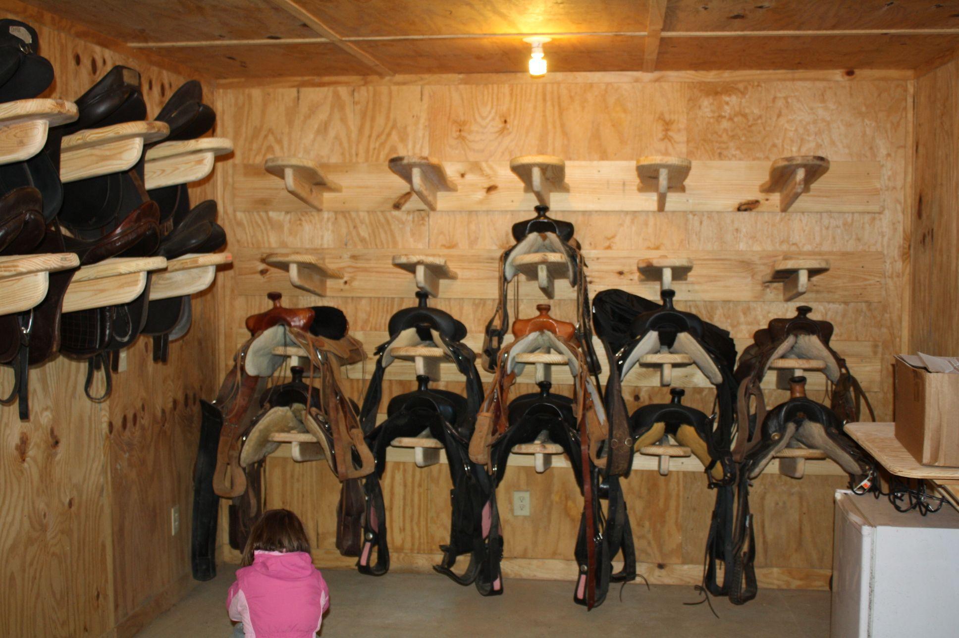 Woodwork Metal Saddle Rack Plans Pdf