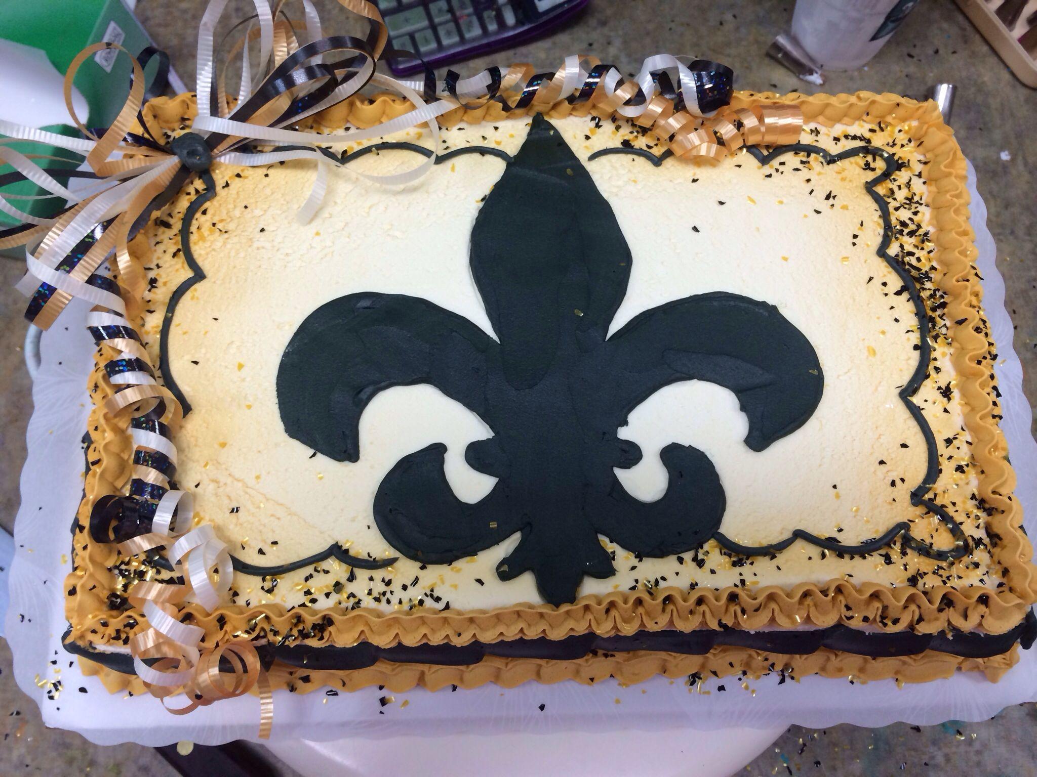 Flor de lis cake