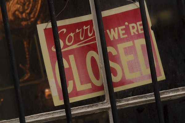 The Growing List Of Stores Closing Thanksgiving Day A Victory For Family Traditionalists Pizza Restaurant Educational Articles Labor Law