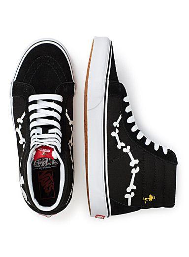 Snoopy Sk8-Hi Reissue sneakers Men | Vans x Peanuts #Simons #Collaboration  # · ChaussureCamionnettes Des HommesChaussures À ...
