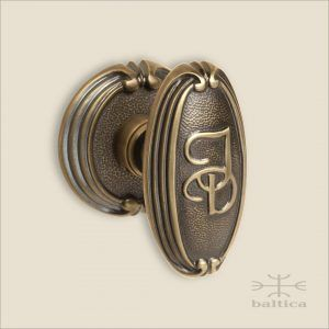 Merveilleux Chartres Monogrammed Door Knob ID   Handcrafted In Europe By Baltica    Custom Door Hardware