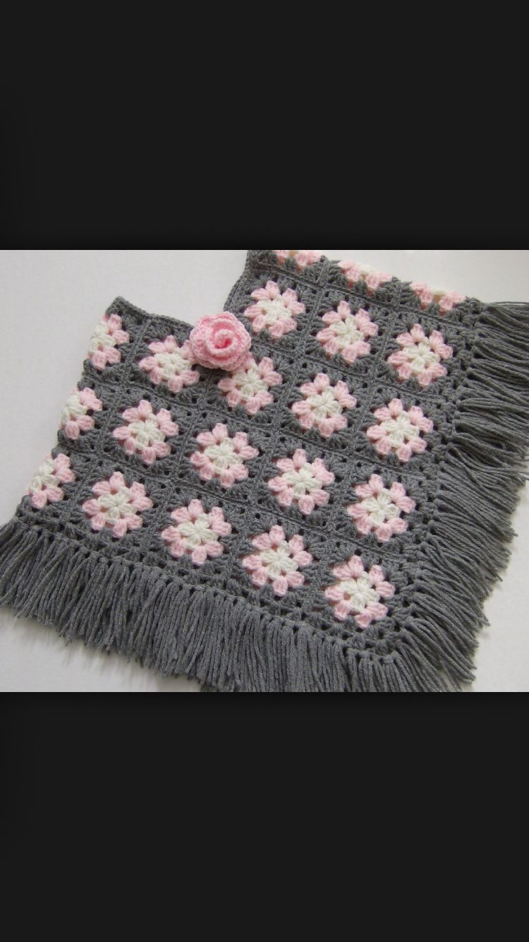 Granny square poncho | knit knot | Pinterest | Kuchen und Stricken