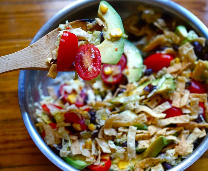 Don't you love salads that are filling enough to make a meal by themselves? This…