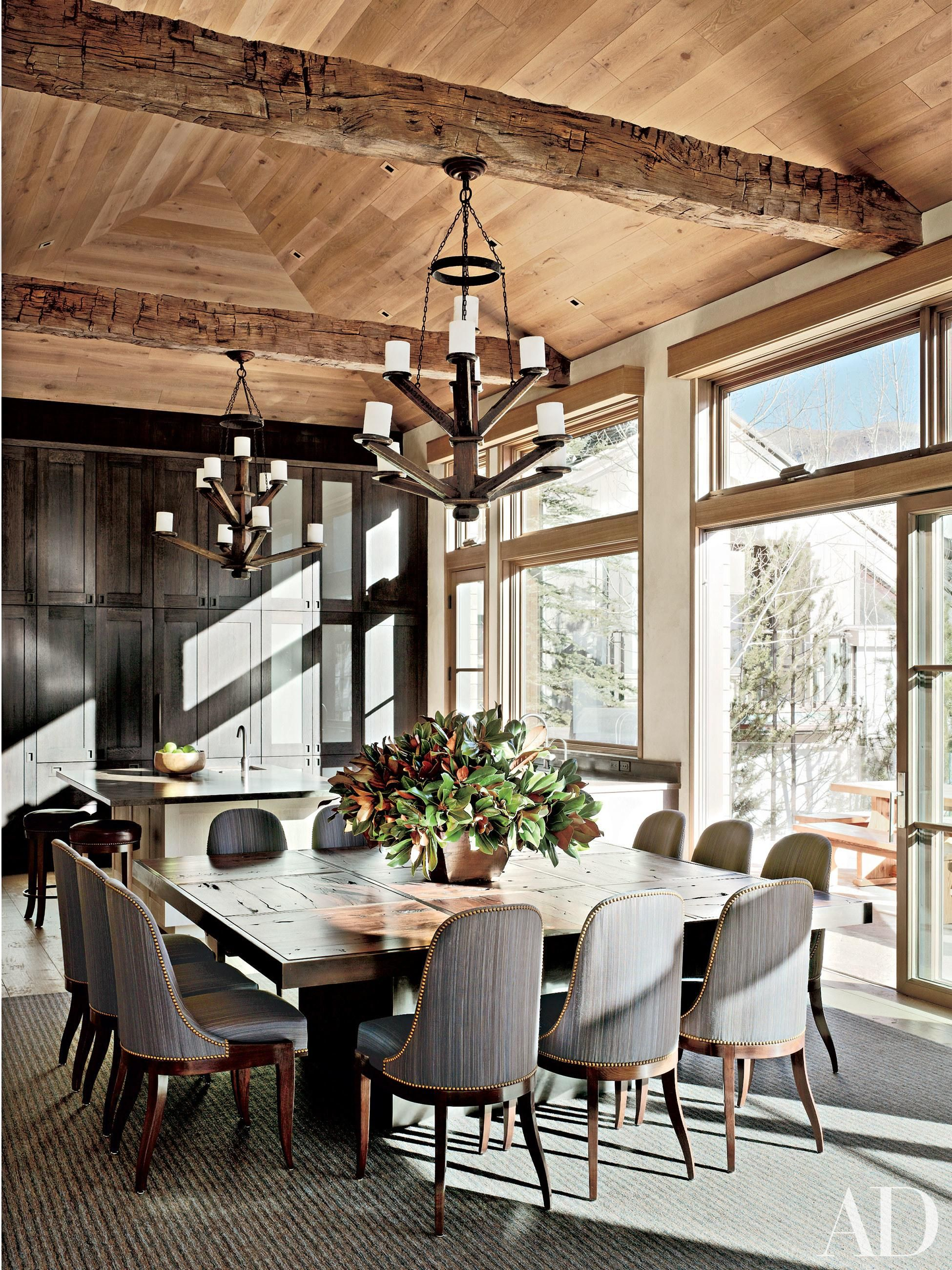 10 Refined Interiors By Stephen Sills Associates Rustic Dining Room Dining Room Design Modern Dining Room