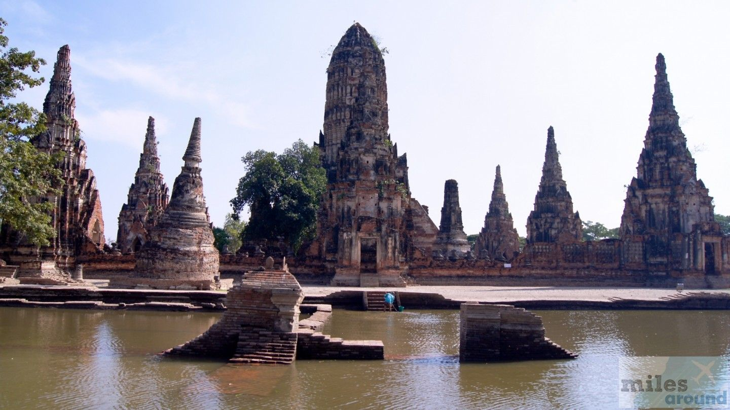 - Check more at https://www.miles-around.de/asien/thailand/ayutthaya-willkommen-in-sin-city/,  #Ayutthaya #Flutkatastrophe #Reisebericht #schwimmendeMärkte #Tempel #Thailand #WatMahathat #WatPhraSriSanphet #WatRatBurana