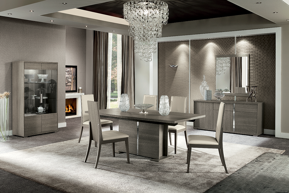 Tivoli Dining Room Set Designed And Manufactured In Italy This Is Made Of Premium Quality Wood Veneer Materials Eco Leather Chrome