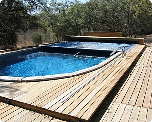 An automatic cover great idea awesome aboveground - Covering a swimming pool with decking ...