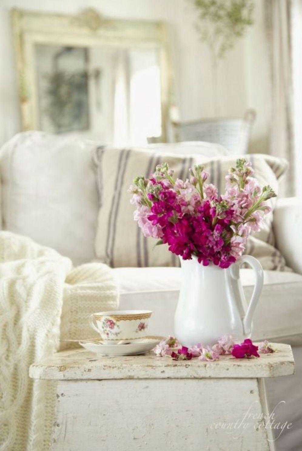 Innenarchitektur wohnzimmer lila cottage life  via frenchcountrycottage  möbel  pinterest