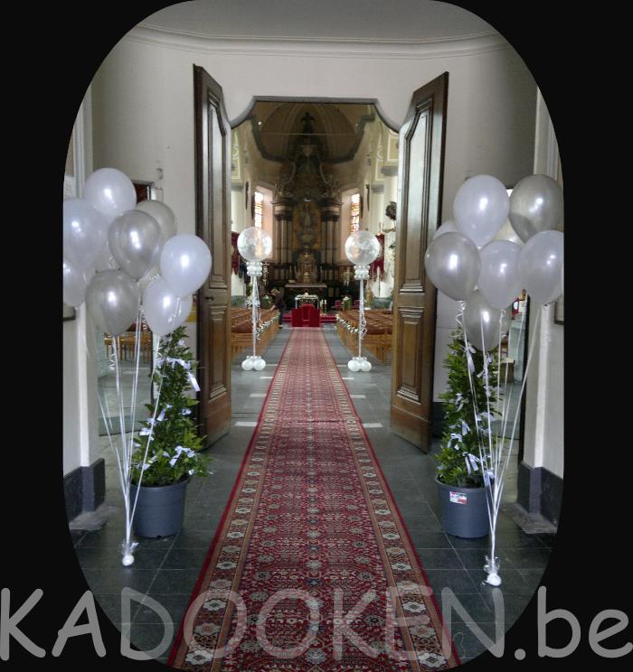 Kerk decoratie huwelijk ballonnen trouw ballons for Decoratie spullen
