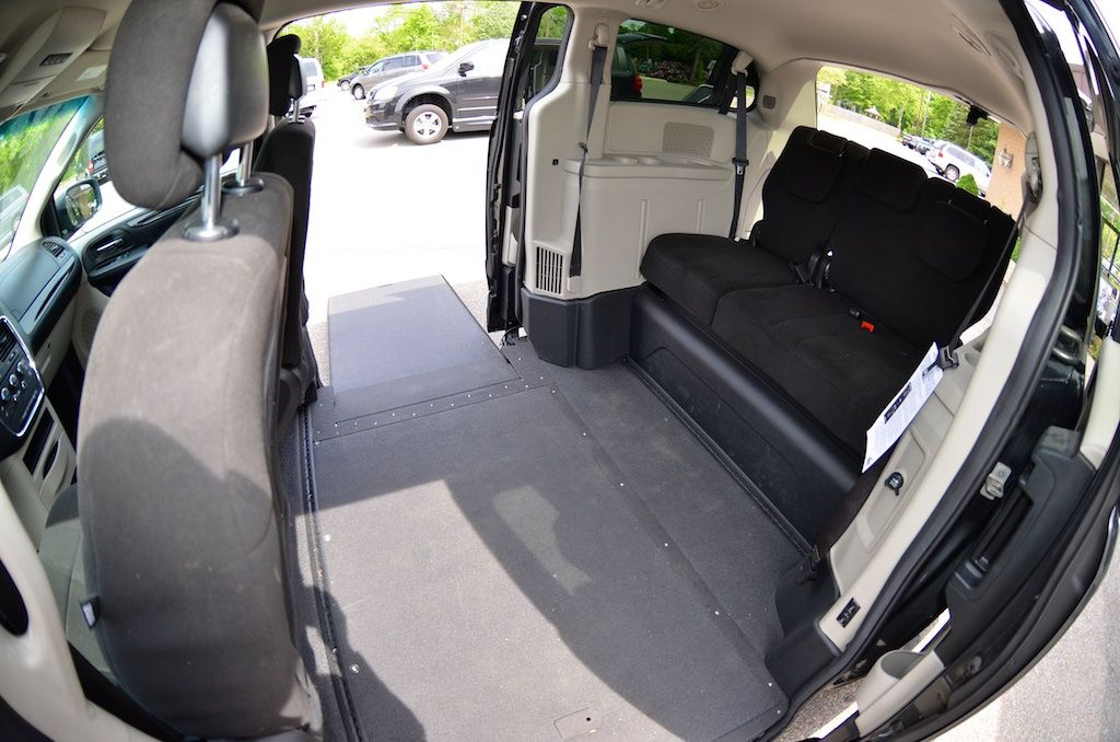 Inside View Of The 2012 Dodge Grand Caravan Sxt With The Vmi