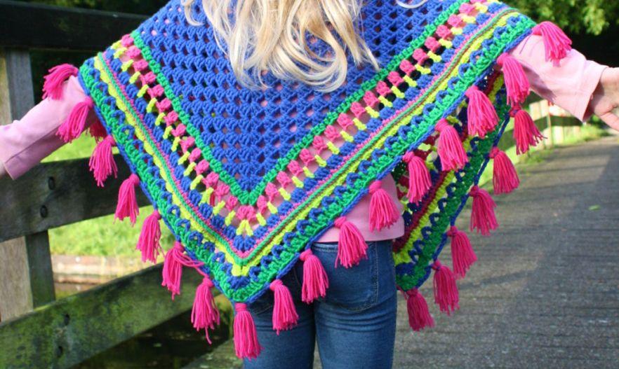 Cheerful Free Crochet Pattern: Poncho for kids | Pinterest | Poncho ...