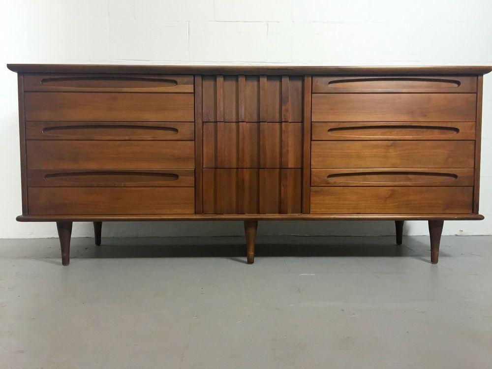 Mid Century 9 Drawer Dresser By American Of Martinsville Americanofmatinsville 899
