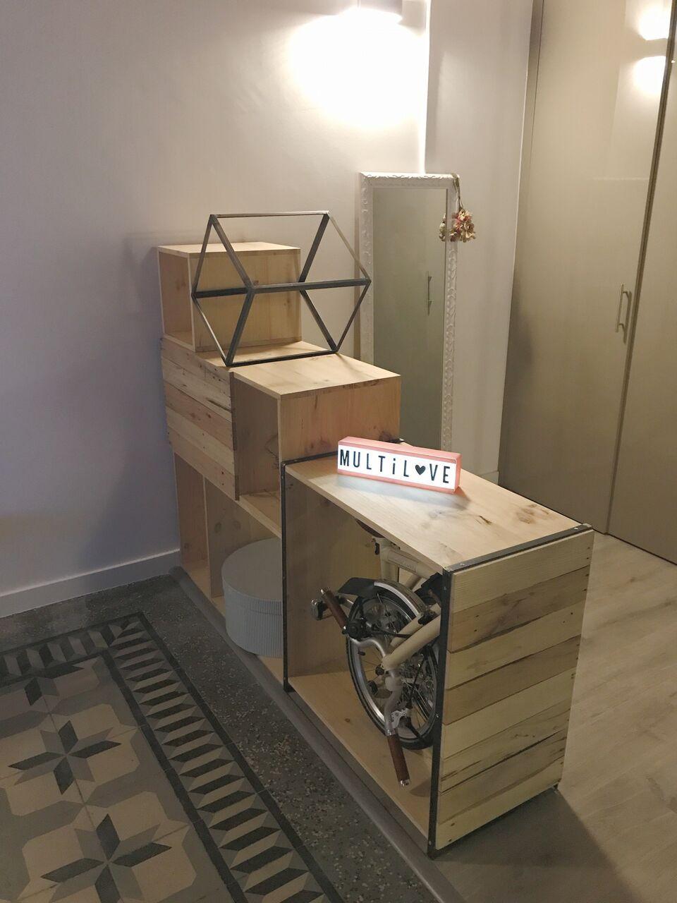 Mueble Confeccionado Por 4 Módulos Todo Ello En Madera De