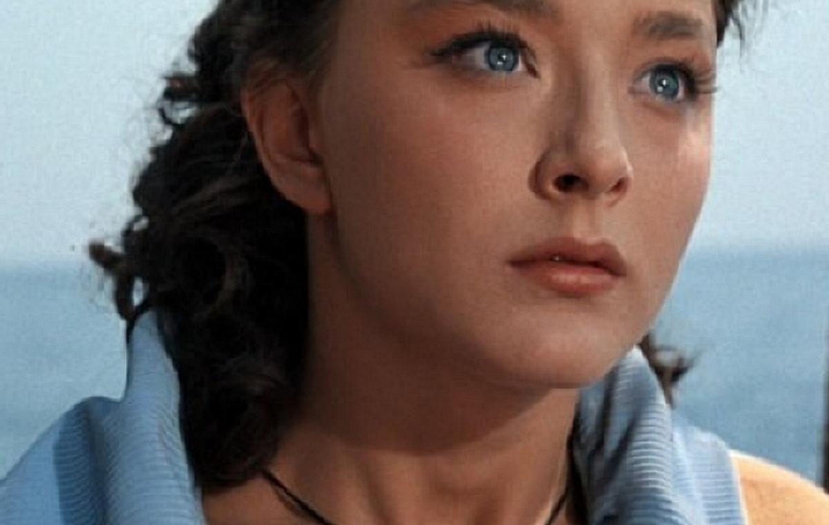 Анастасия Вертинская: не ждала никогда принцев | Актрисы, Актер и ...