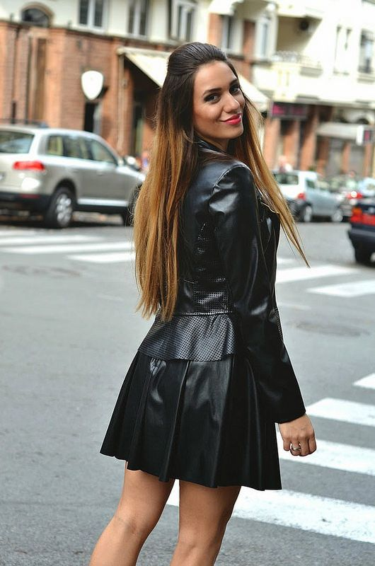 IMG_7631 Black leather outfit | Leather fashion, Leather skirts ...