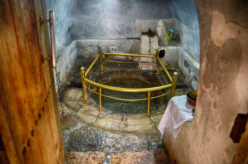 Water source which springs from the interior of the Sun Temple! The Yazidis use it as a Holy Water.