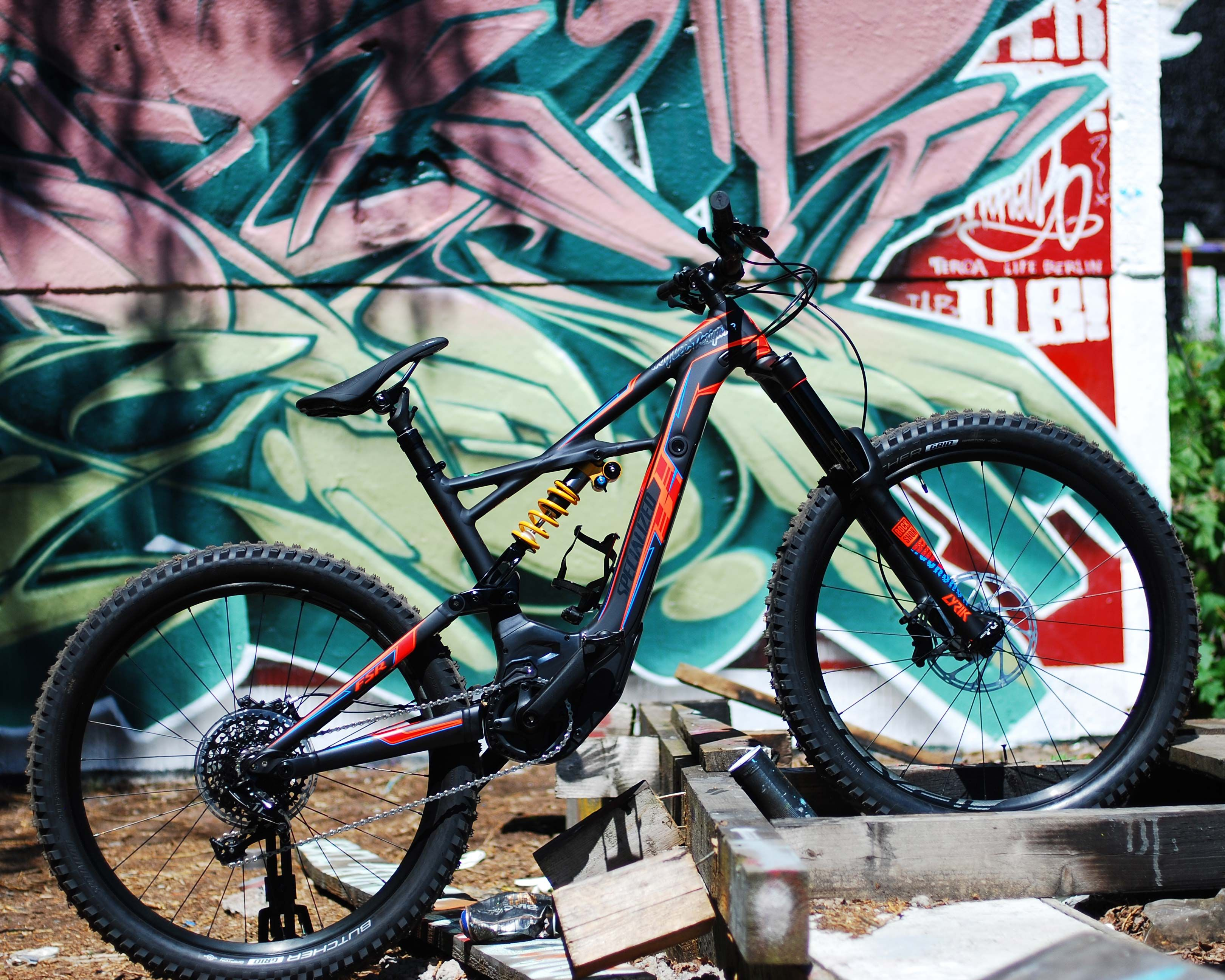 Limited Edition -> just 200pcs  Specialized Turbo Kenevo FSR Expert