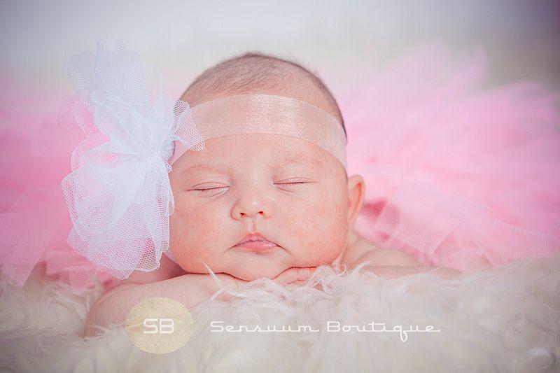 Sensuum Boutique © #Medea #bebe #bookreciennacido #reportajebebe #Meridafotografos #artisticnewborn #reciennacido #Merida #fotografoprofesional #fotografodebebe #sensuumboutique #apasionarte #enamorarte #emocionarte #creativosfotos #Meridabebe  #javisensuum #extremadura #newborn #newbornphotographer #meridanewborn #Badajoz #Caceres #Calamonte #mama #newbornportraits #newbornphotographer #meridanewborn  #retratoreciennacido #retrato #portrait Tlf.: 034.661.872.649 sensuumboutique@gmail.com