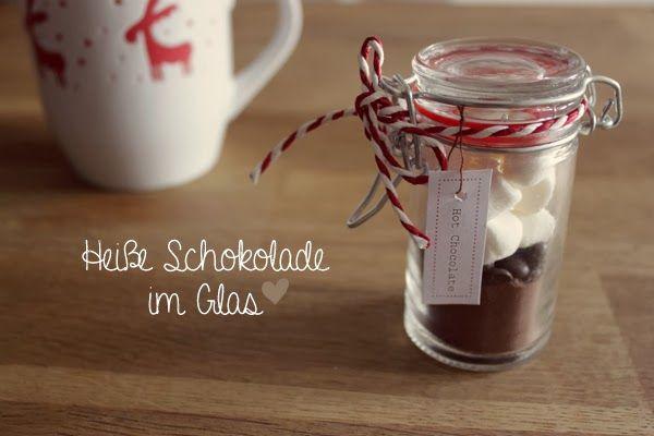 kuddelmuddel diy hei e schokolade im glas geschenke aus der k che pinterest schokolade. Black Bedroom Furniture Sets. Home Design Ideas