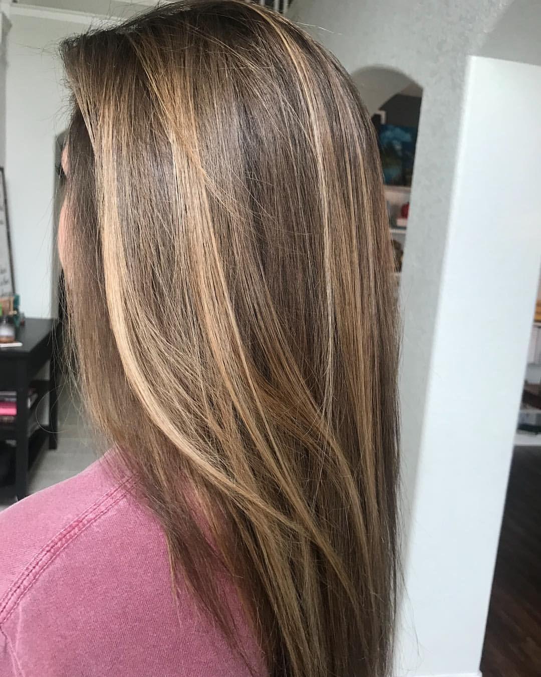 "Christine Davis on Instagram: ""Snickers! . . . . #balayage #brunette #brunettebalayage #phbonder #redken #shadeseq #redkenshadeseq #hair #hairstylist #ilovemyjob…"""
