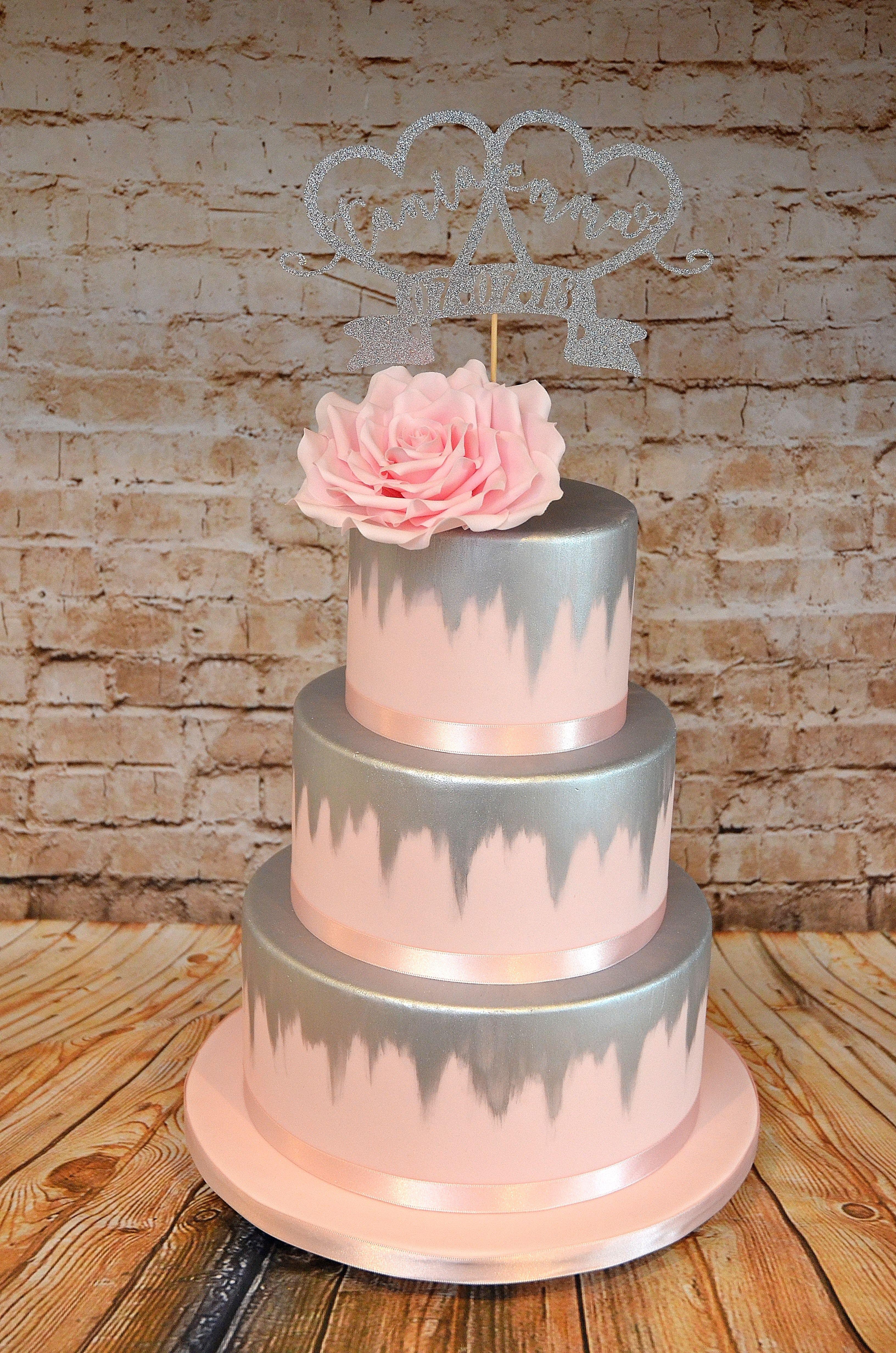 Terrific Pink And Silver Wedding Cake Bolo De Casamento Bolos De Funny Birthday Cards Online Amentibdeldamsfinfo