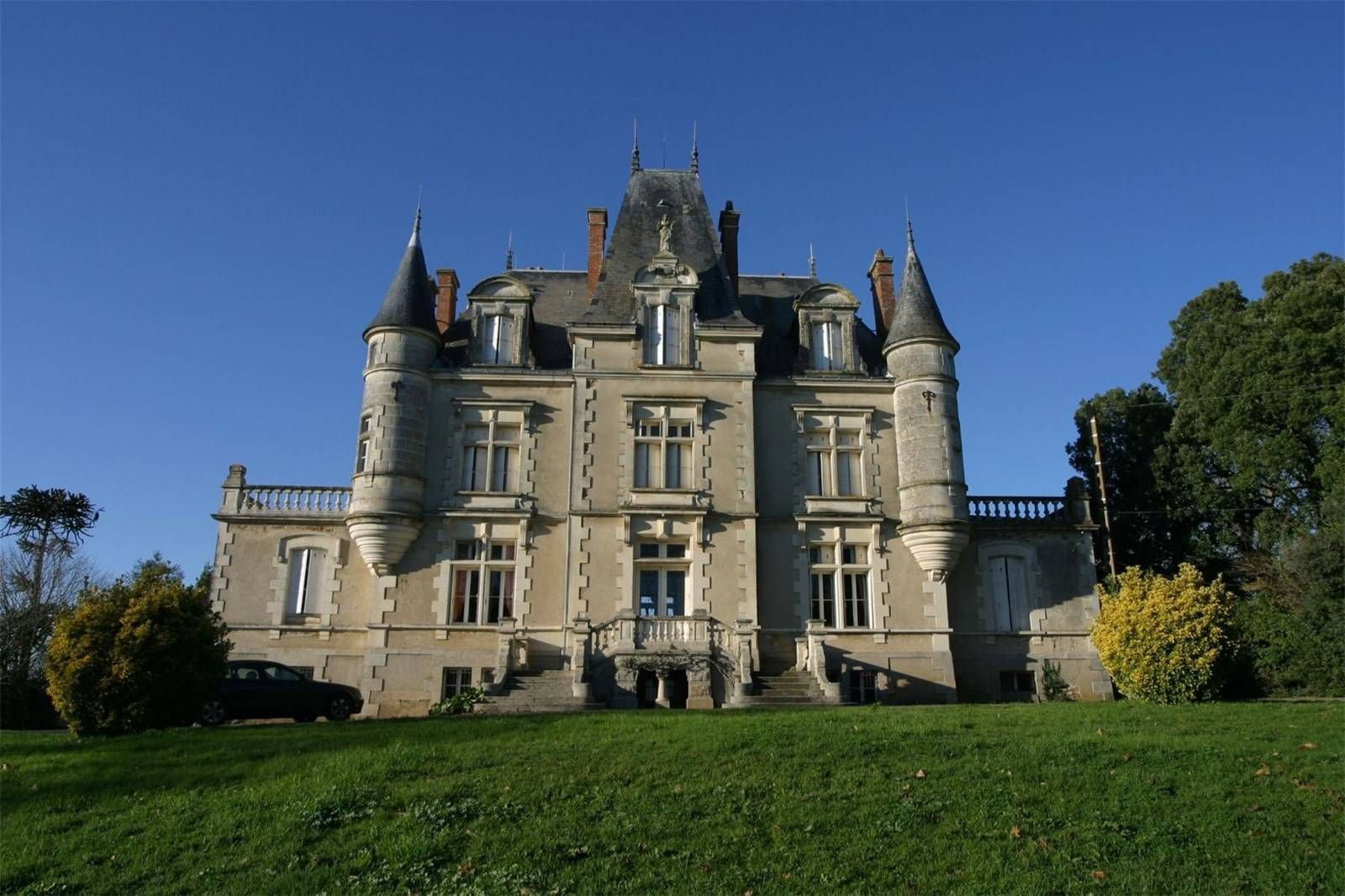 Rocheserviere Pays De La Loire France Luxury Home For Sale Pays De La Loire Luxury Homes Mansions