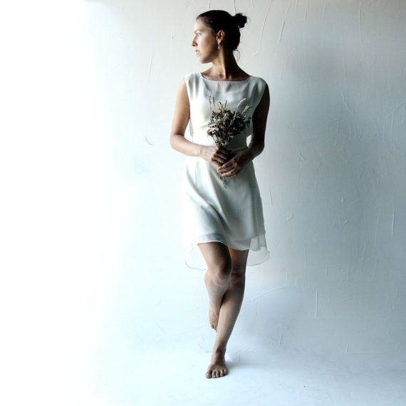 Wedding dress, Short wedding dress, Simple wedding dress, Reception ...