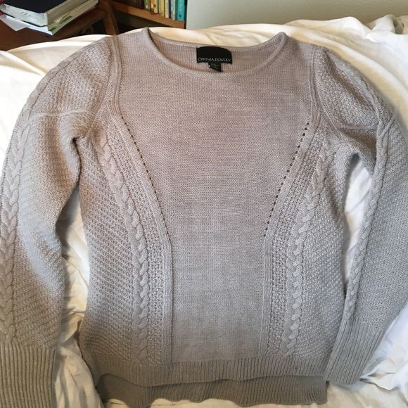 Sweater with detail embellishment Wool and acrylic blend sweater. Light weight. Cynthia Rowley Sweaters Crew & Scoop Necks