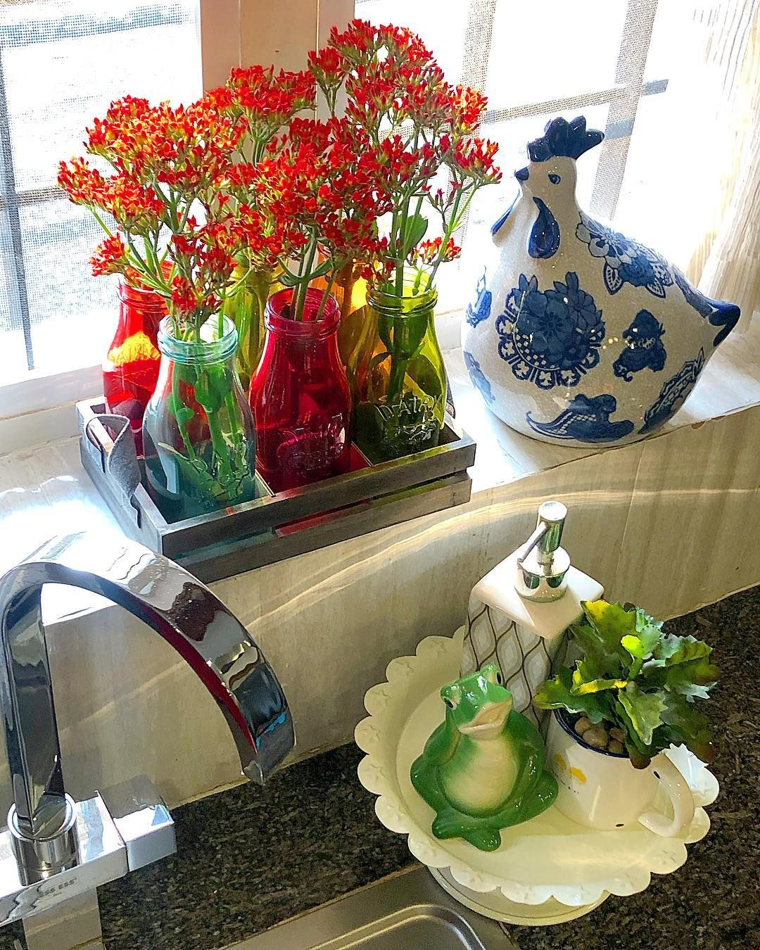 Traditional Indian Kitchen Design: Fresh Blooms From The Garden Perks Up The Kitchen Counter