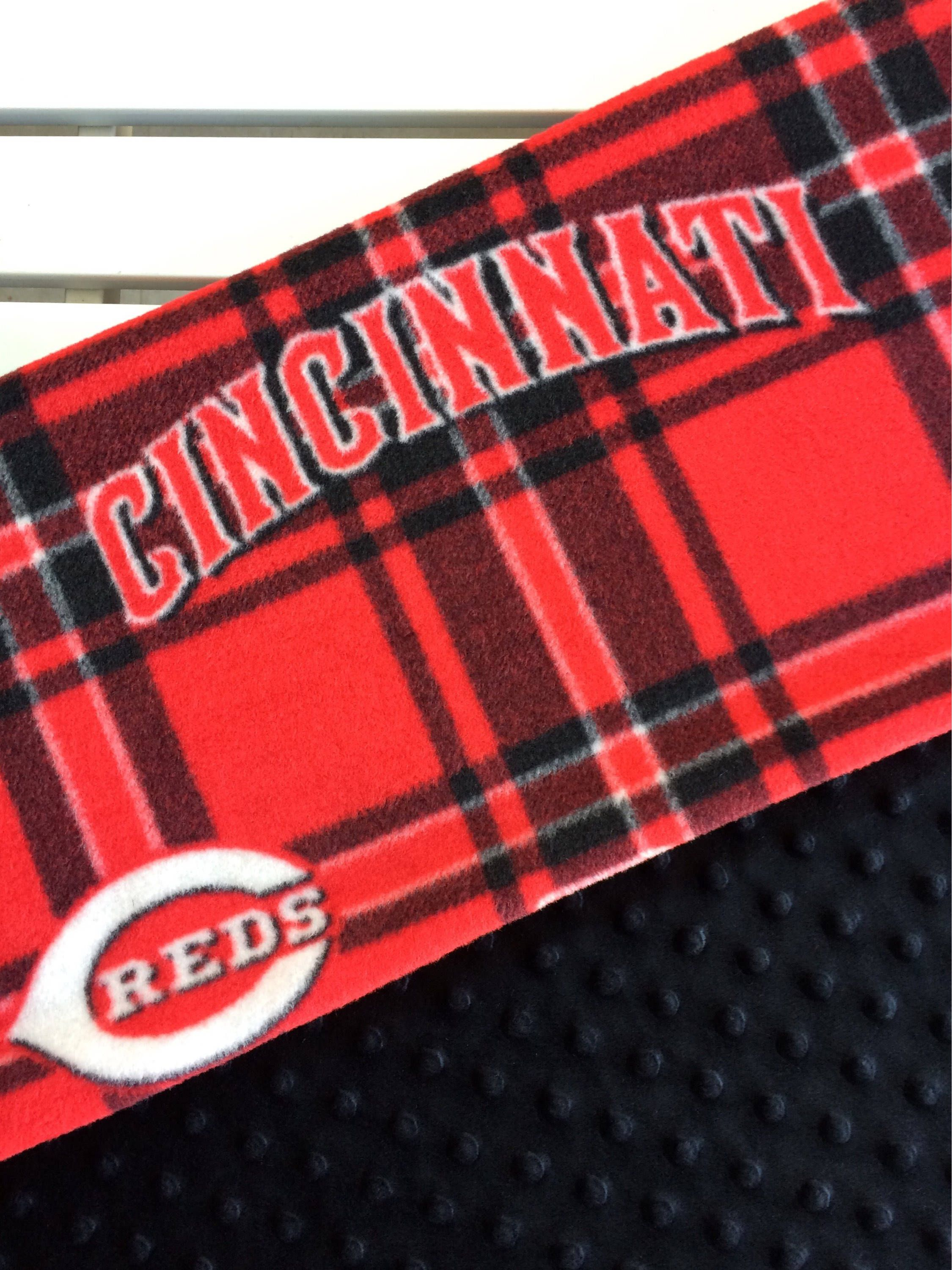 A cincinnati reds personalized fleece blanket makes the perfect a cincinnati reds personalized fleece blanket makes the perfect gift for even the youngest redsfan nothing says special like personalized babyblankets negle Image collections