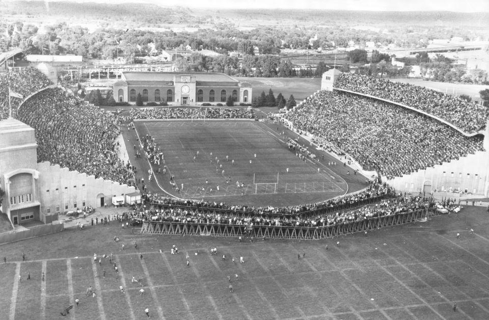 Original Memorial Stadium On The University Of Nebraska Campus Nebraska Cornhuskers Football Nebraska Huskers Football Nebraska Cornhuskers
