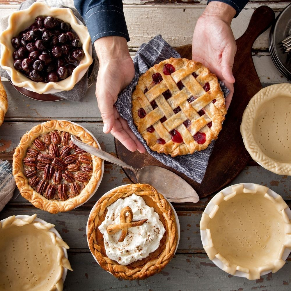 If you want to make your pie really stand out, it shouldn't only taste great - it should also look great! Here are ideas and inspiration to make your pies more beautiful.