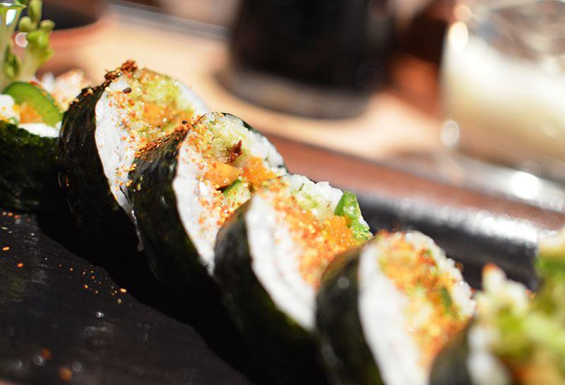 Spicy Scallop Roll weeatstuff.com