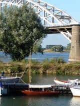 onder de Waalbrug, Nijmegen