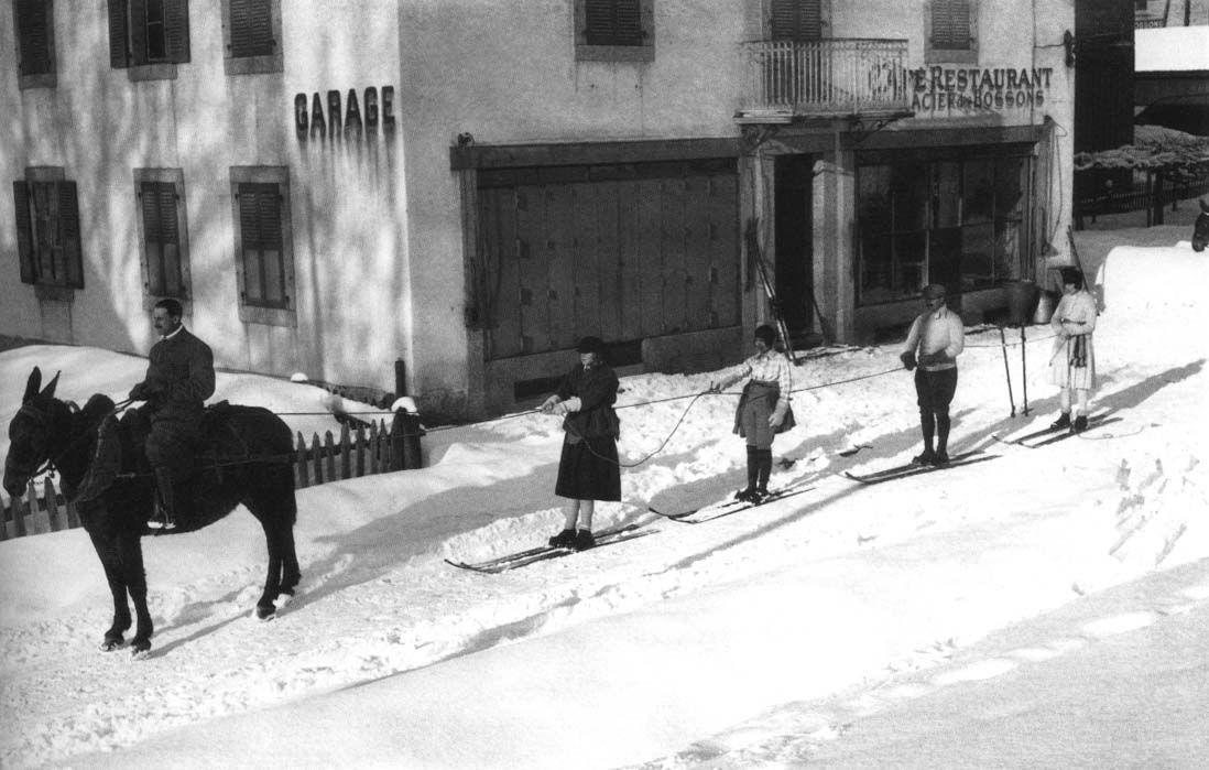 Jacques Henri Lartigue: Chamonix, France, 1920.