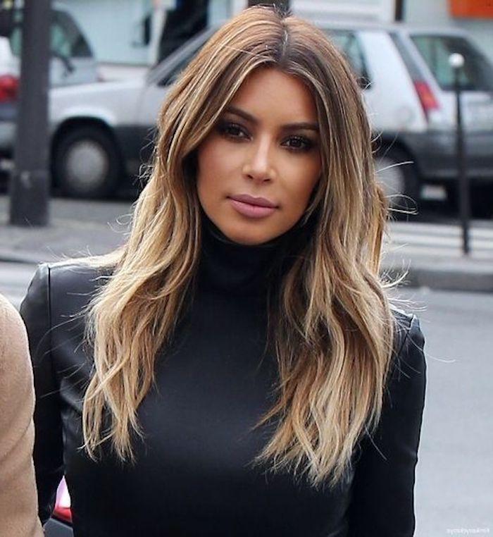 Mittellange Frisuren Kim Kardashian Braune Haare Mit Blonden Strahnen Mittellange Kardashian Hair Hair Styles Her Hair