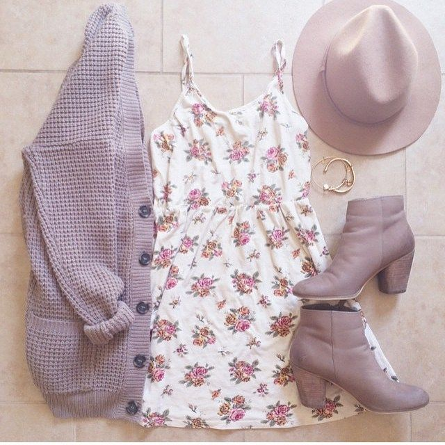 Printed romper, sweater and booties. Pale colors