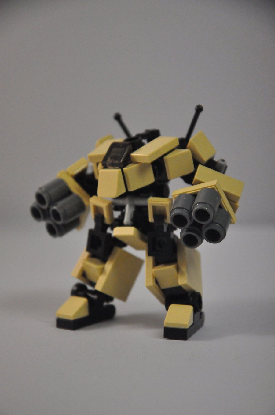 Mechs built from Legos For the game; Mobile Frame Zero. ST-09b Spitting Dragon. Designed by: MittenNinja A variant on the ST-09 Iguana designed for long range fire support. Twin Heavy Missile Pods 2d6+d8 Ra Advanced Targeting Systems 2d6Y