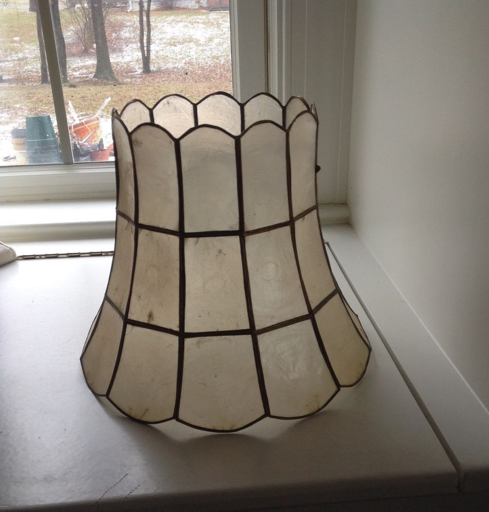 VINTAGE SHELL MICA LAMP SHADE TABLE LAMP
