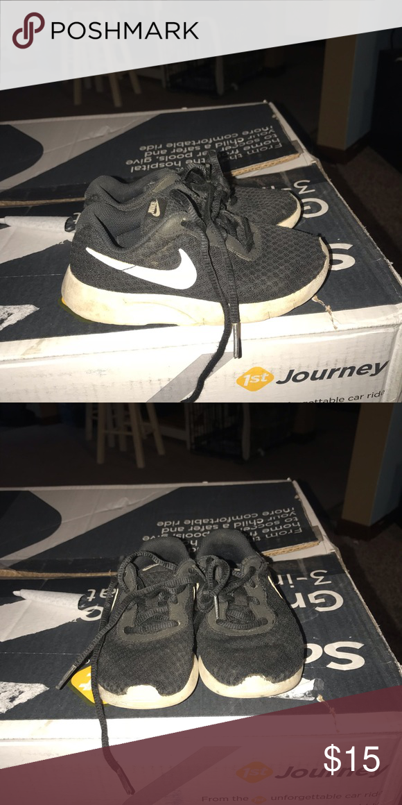 new arrival 3c61b 76420 Boys Nike shoes Boys Nike- used! Size 11 Nike Shoes Sneakers