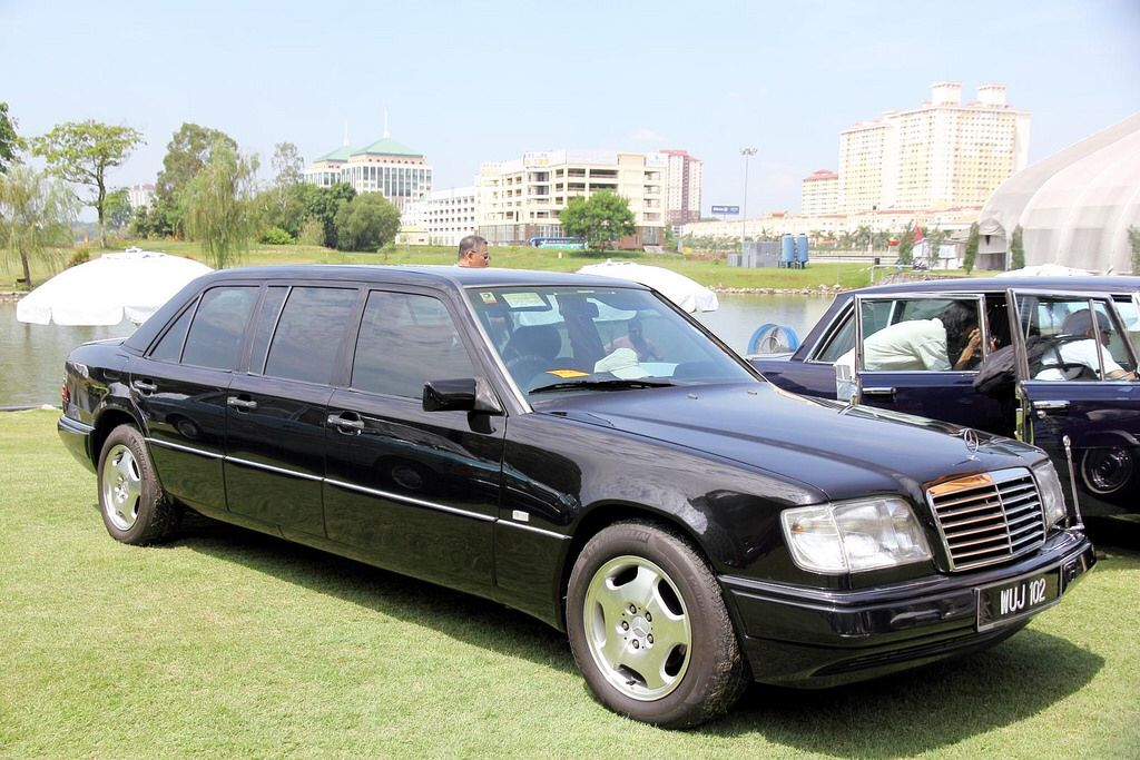 Stretched Mercedes E500L (V124) limo in Malaysia