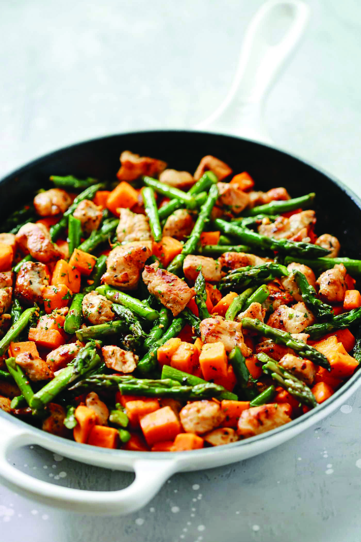 Best Homemade Easy Christmas Dinner Ideas Nz Including Healthy Meal Ideas To Help You Get Better Asparagus Recipe Skillet Chicken Recipes