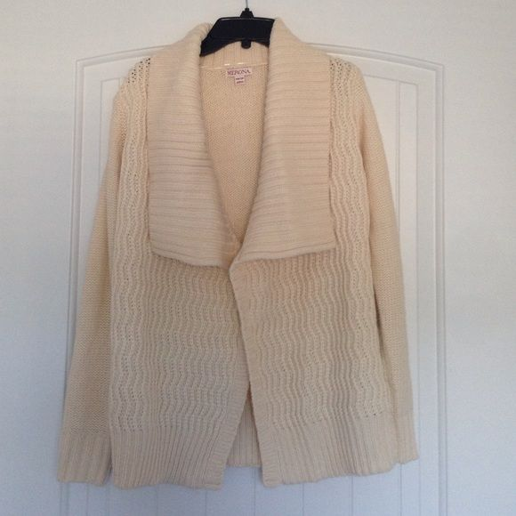 Cream Knitted Sweater. Elegant cream knitted sweater that is perfect for the chilly days. Will cozy up any night when layered with the perfect outfit. Open shawl, long sleeve, ribbed cuff. XS but will fit S. Worn; no rips, stains. Merona Sweaters Cardigans