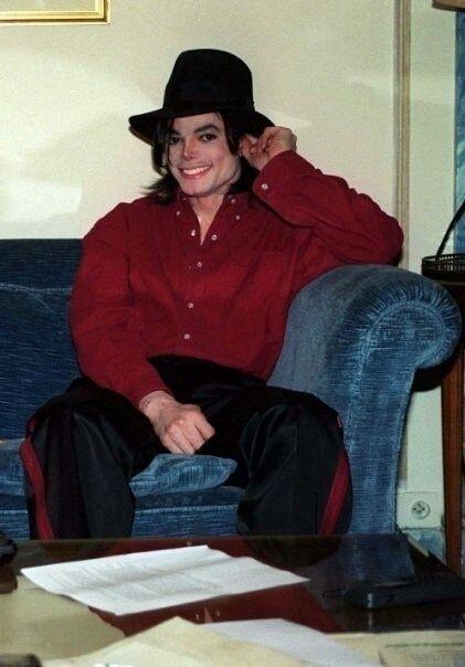 Cutie! That face!!! <3 I wanna hug him!! He's so dang ADORABLE!! I love you, Michael!