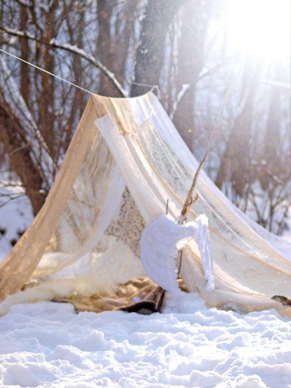 Items similar to Boho meditation vintage Gypsy lace crochet tent bed canopy Wedding TeePee photo prop play tent Bohemian hippie gl&ing festival shelter on ... & Vintage de méditation Boho dentelle Gypsy par TheLookFactory ...