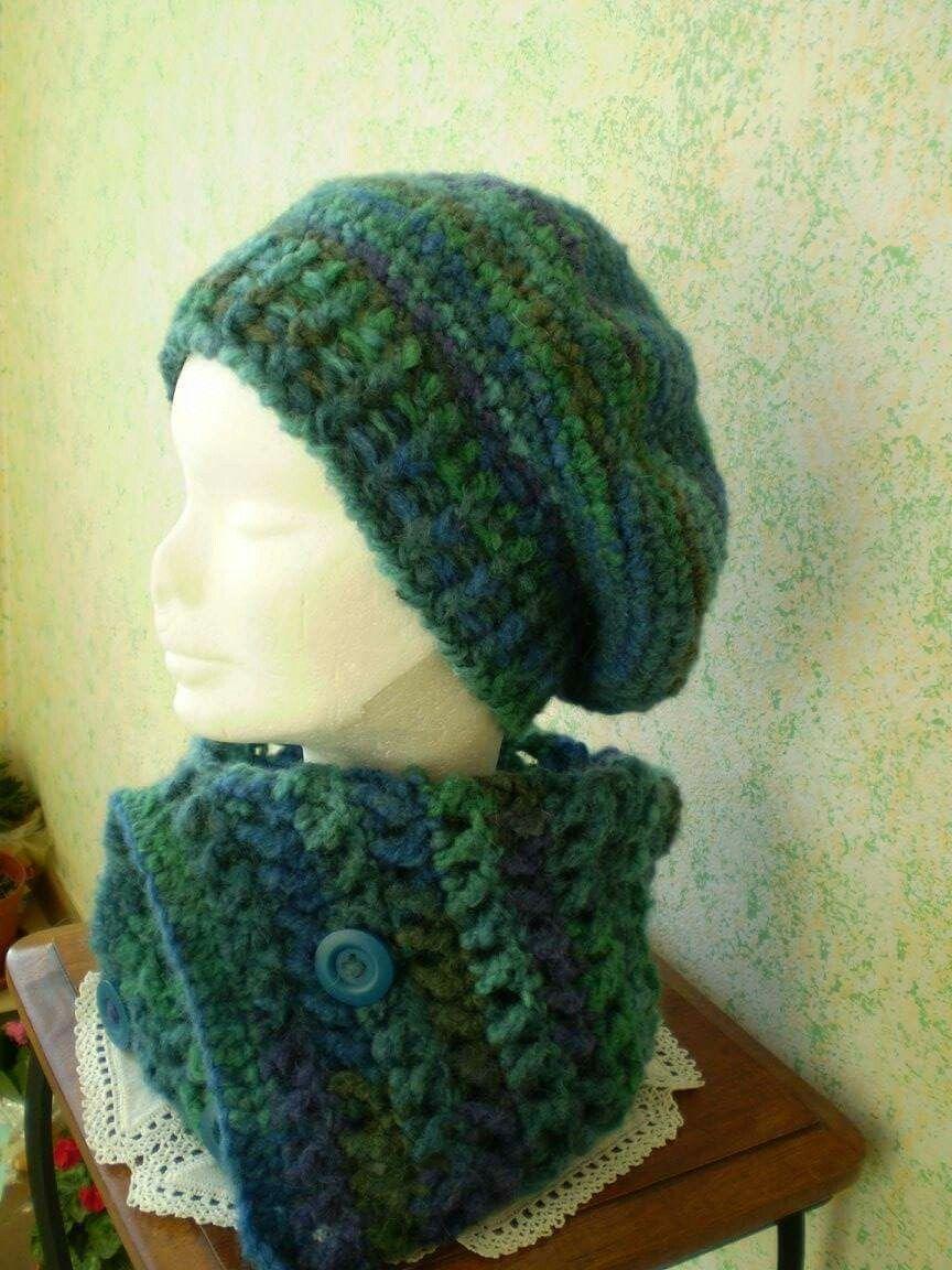 Basco e scalda collo in lana fatta a mano ...uncinetto  f00035700a64