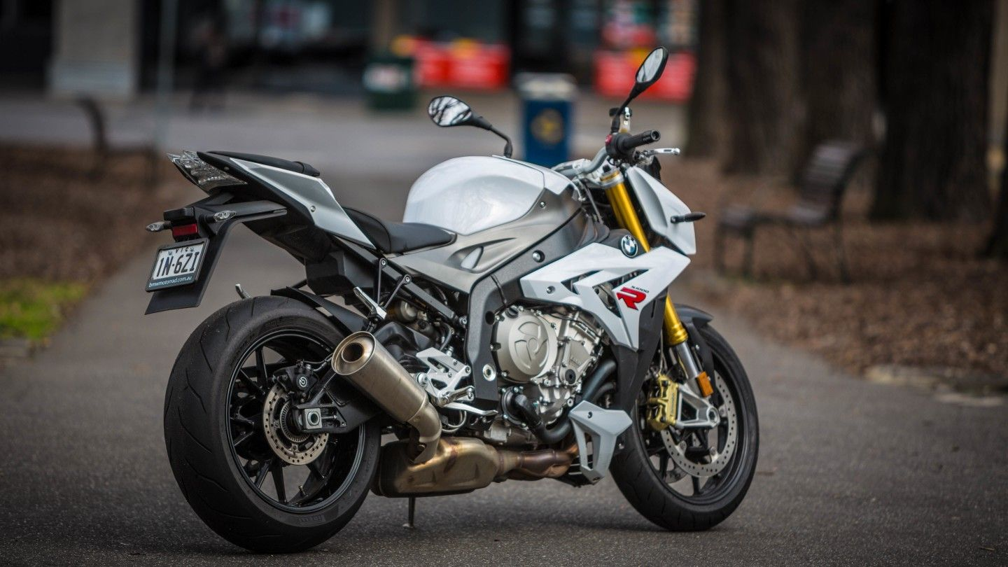Review Bmw S Intimidating S1000r Streetfighter S1000r