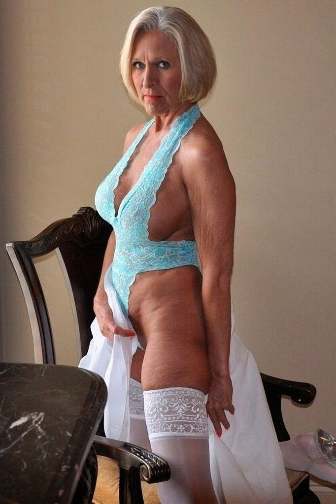 Sexy Xl Mature Women 109